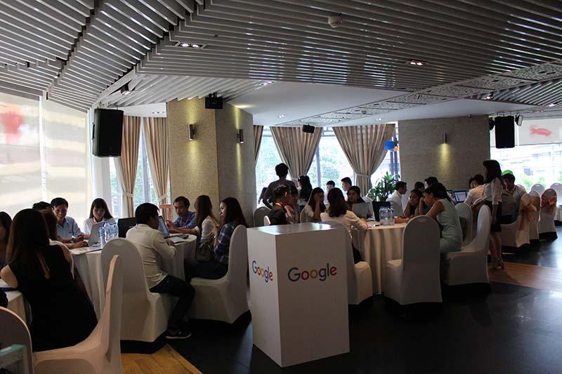 Hội thảo Bứt phá doanh thu mùa hè ngày 25/5/2017 là Hội thảo do chính AdsPlus làm chủ với sự tham gia của hơn 50 doanh nghiệp vừa và nhỏ từ các dòng ngành