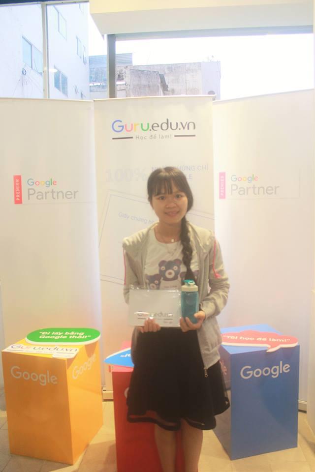 Khóa học Google Adwords thứ 11 của Học viện Guru, 20 học viên cùng trải qua 6 buổi thực hành Adwords cùng thầy Nguyễn Đức Thắng - Chuyên gia Google Adwords được Google chứng nhận